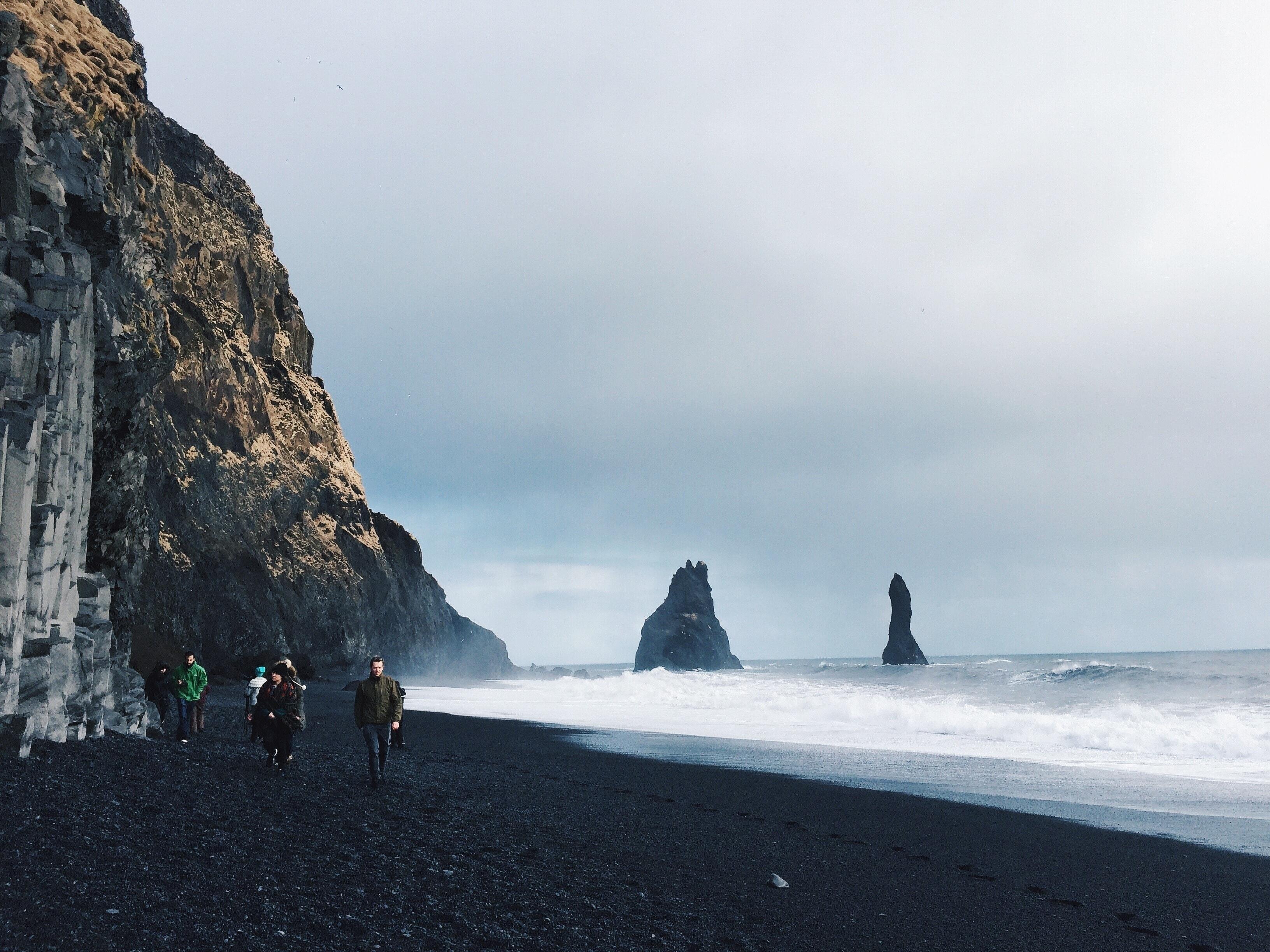 冰岛维克镇黑沙滩
