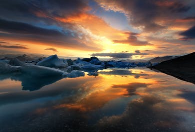 Day Tour to Jokulsarlon Glacier Lagoon with Boat Ride