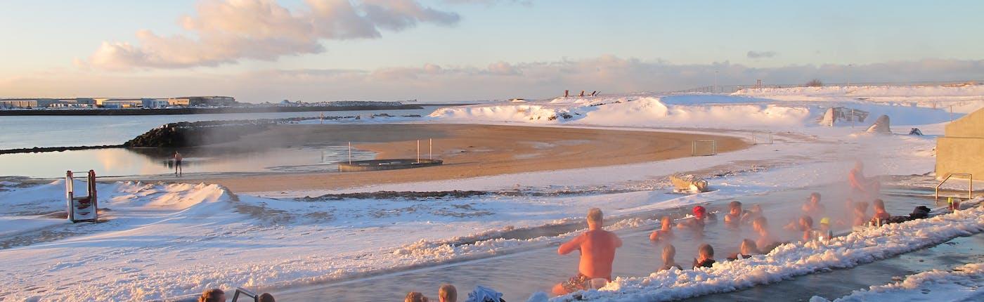Reykjavík's Nauthosvík beach is also very popular in winter time.