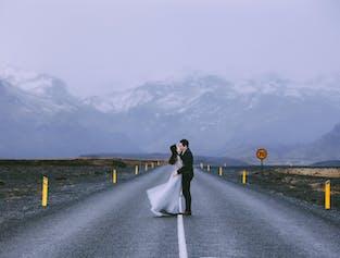 冰岛旅拍婚纱照写真 |雷克雅未克出发|一日跟拍
