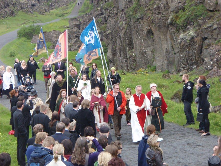 Members of Ásatrúarfélagið congregating at Þingvellir National Park.