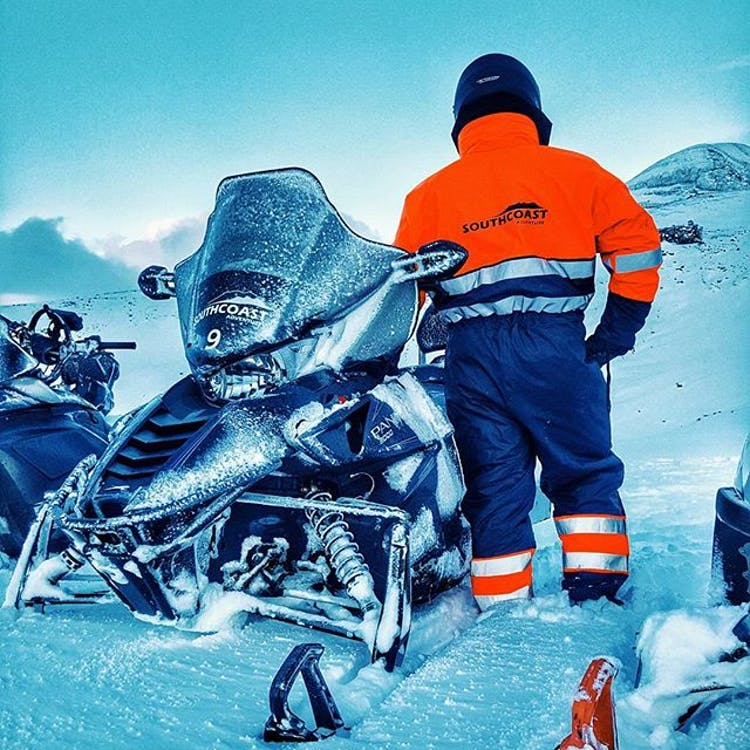 You be kitted out with all necessary for this 6-day snowmobile adventure.