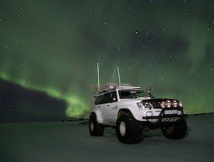 Northern Lights Hunting on Eyjafjallajokull Glacier   Super Jeep Tour