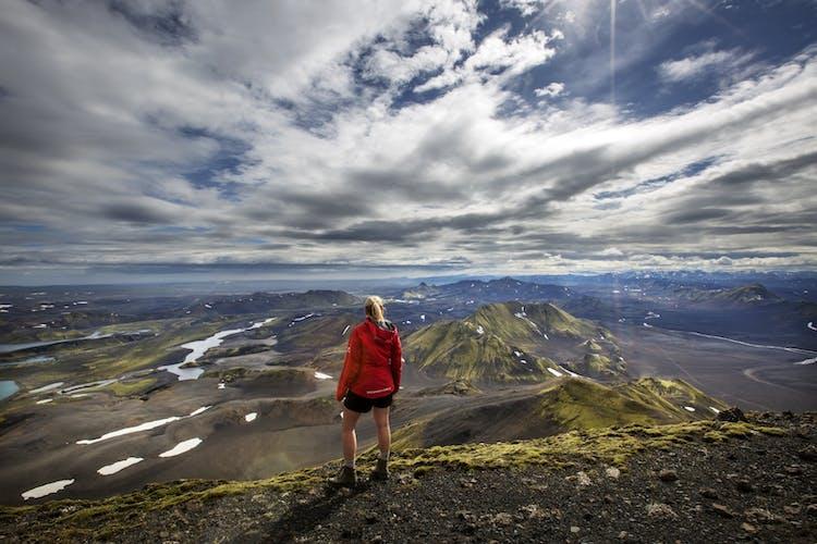 Sveinstindur allows for beautiful views over the Icelandic highlands.