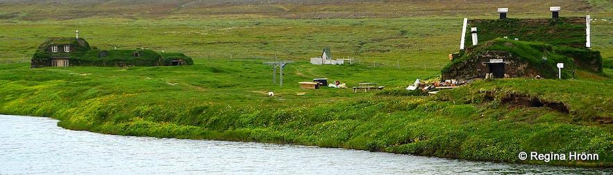 Sænautasel turf house on Jökuldalsheiði heath