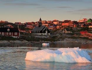 Ilulissat est la capitale de l'observation de baleine du monde en été