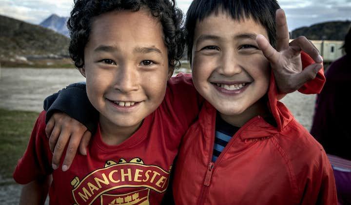 W trakcie podróży po Grenlandii spotkasz wielu rdzennych mieszkańców.