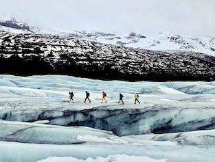 Wędrówka i wspinaczka po lodowcu w Skaftafell