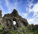 アイスランドの火山噴火活動によってできた奇岩がスナイフェルスネス半島ツアーに観察できる