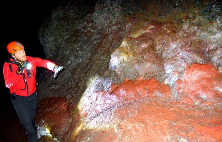 바튼쉘리르 동굴 탐험