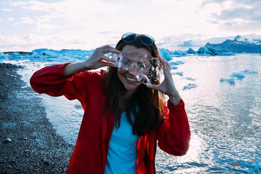 Miss Tourist enjoying the scenery at Jökulsárlón glacier lagoon
