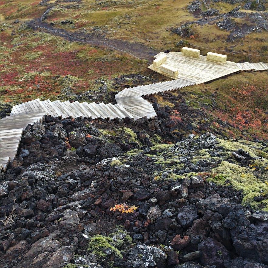 Treppen beim Krater Grabrok