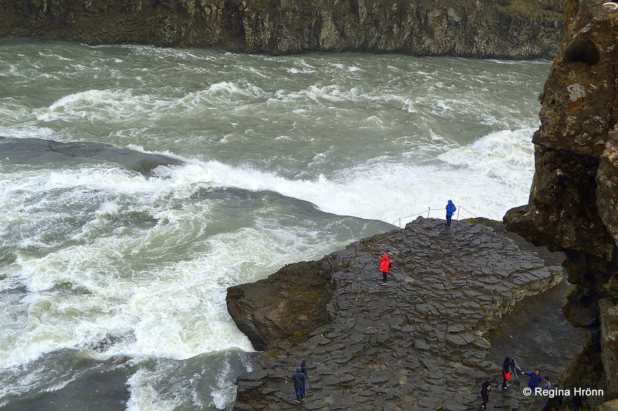 The glacial river Hvítá just before it cascades down into Gullfoss waterfall