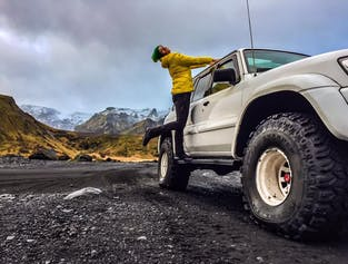 Thorsmork with Hiking and Icelandic Grill Superjeep Adventure