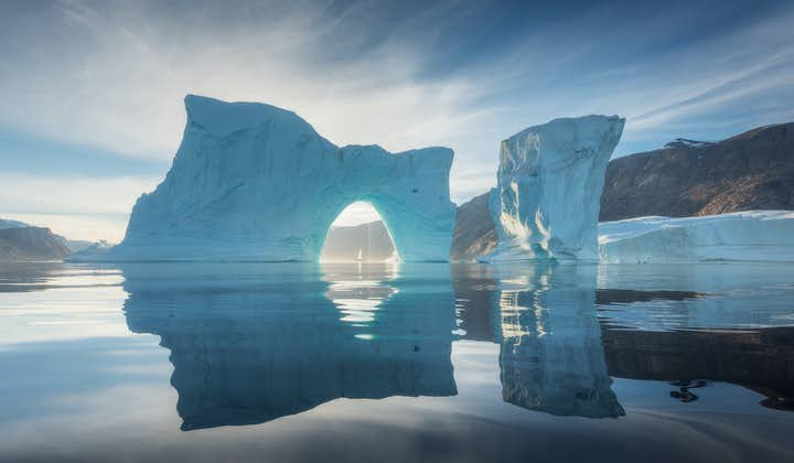 Add a Greenland adventure to your Iceland journey and maximise your arctic experience.