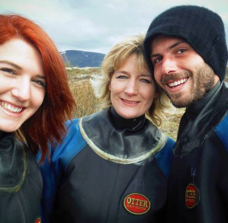 You cannot tell in the drysuits, but all three pictured are women.