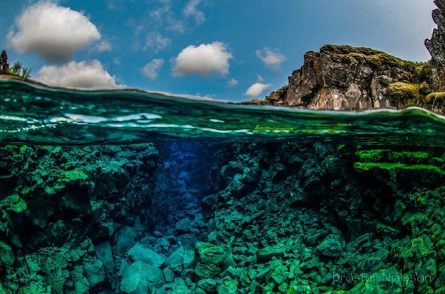 冰岛浮潜潜水可以给你一个全新的世界