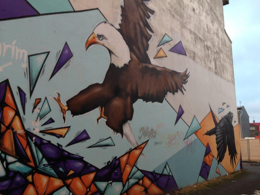 Graffiti w Reykjaviku.