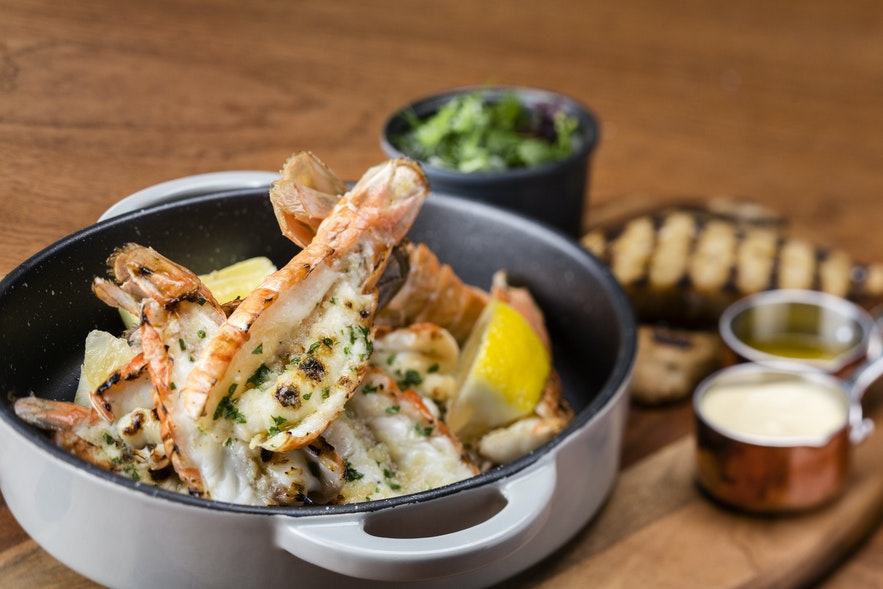 레이캬비크 푸드 셀라 레스토랑의 작은 바닷가재 요리