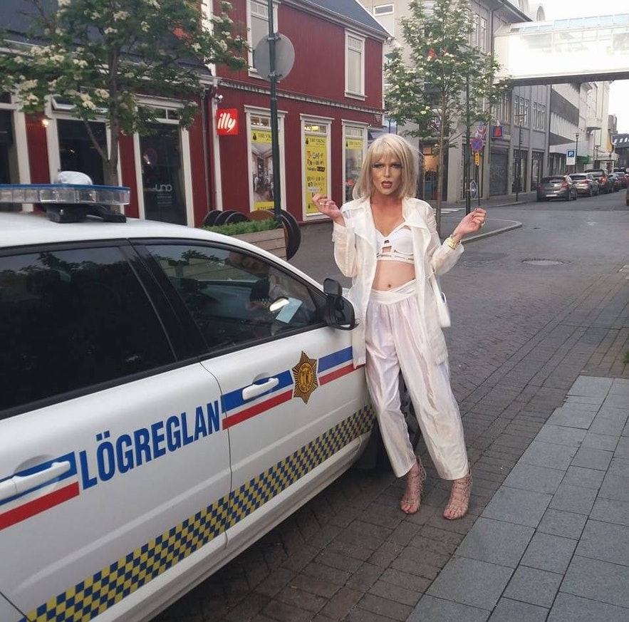 The police in downtown Reykjavík don't mind you leaning on or climbing over their cars: try it!