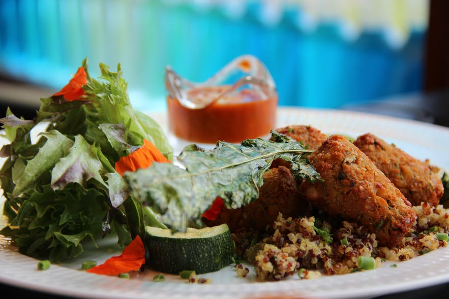 The falafel special with quinoa and chili sauce at Aalto Bistro