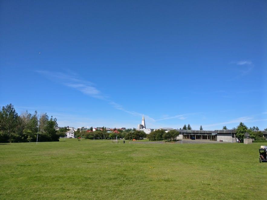 フレンムルそばの公園