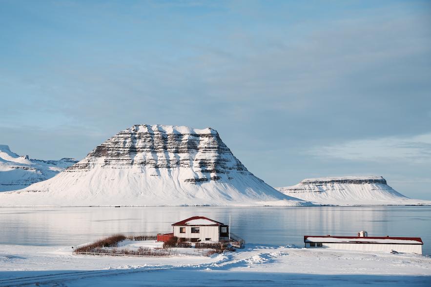 冰岛斯奈山半岛小镇