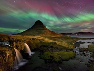 2 jours Péninsule de Snaefellsnes | Grotte de lave, cascades et aurores boréales