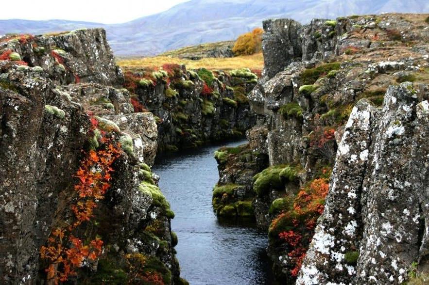 权力的游戏冰岛取景地-黄金圈大裂缝