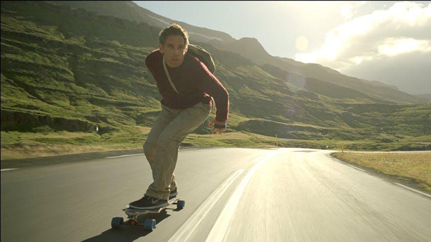 白日梦想家的冰岛公路滑板片段拍摄于东部峡湾