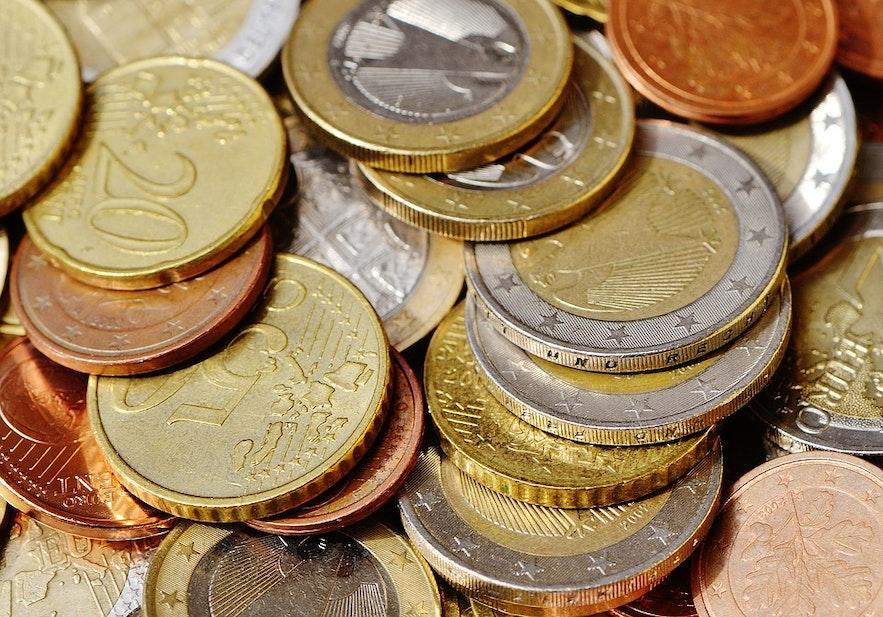 센트 같은 작은 화폐 단위는 아이슬란드에서 취급하지 않아요