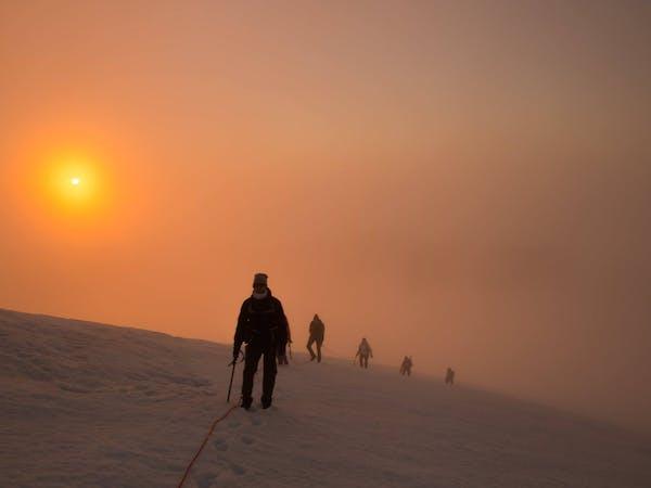 Summit Adventure Guides