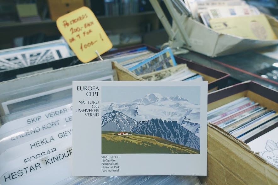 Postcards at Kolaportið