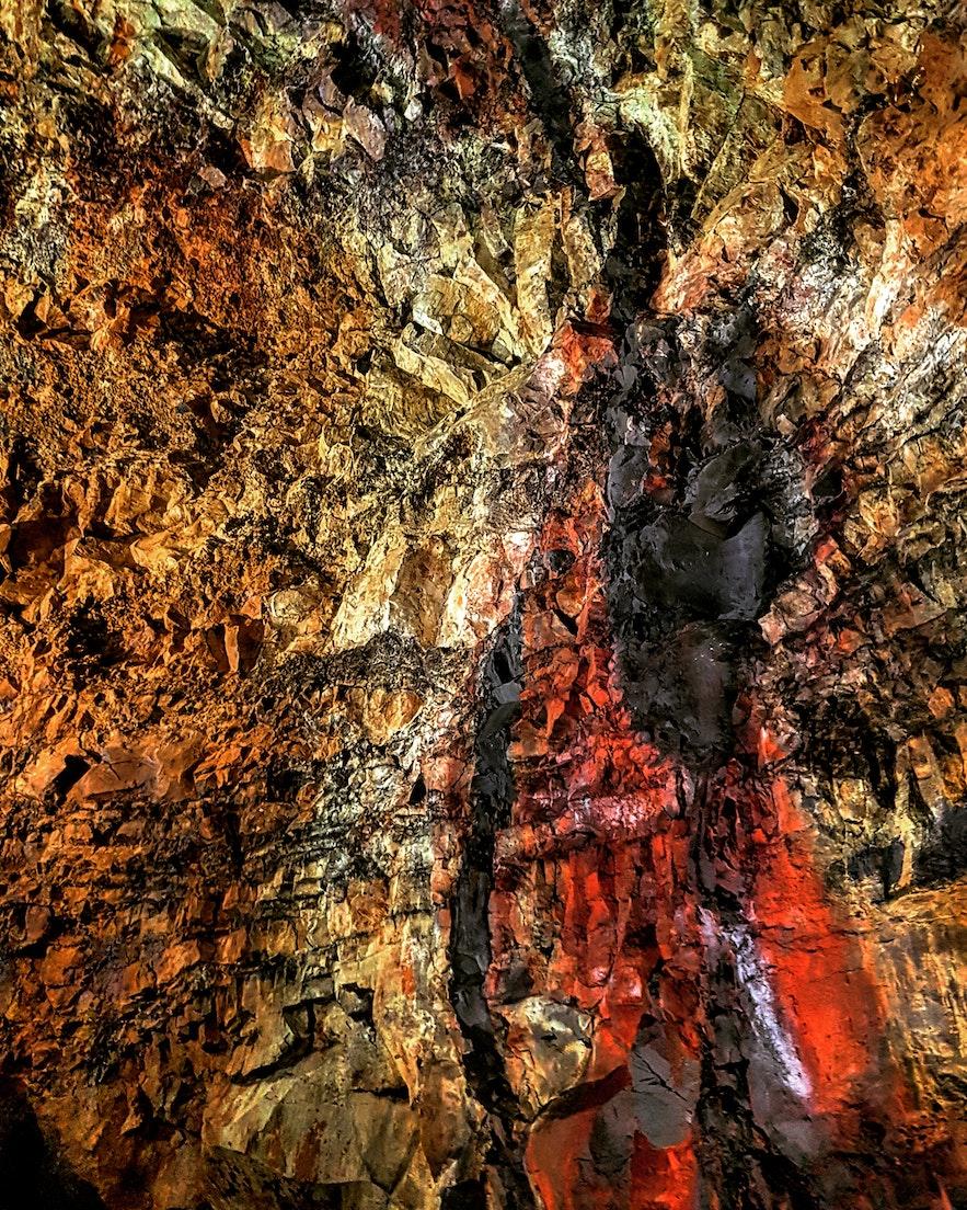 Wewnątrz wulkanu Trihnukagigur