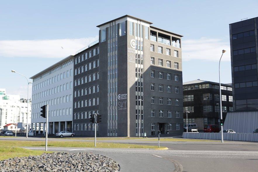 Centerhotel Arnarhvoll, with its popular Sky Bar.