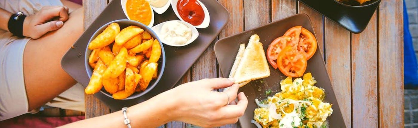 레이캬비크에서 가장 저렴하면서 맛있는 가성비 좋은 식당 10곳