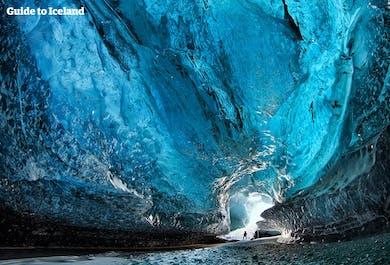 Зимний комбо-тур 2 в 1 со скидкой   Золотое кольцо, ледниковая пещера и Снайфелльснес