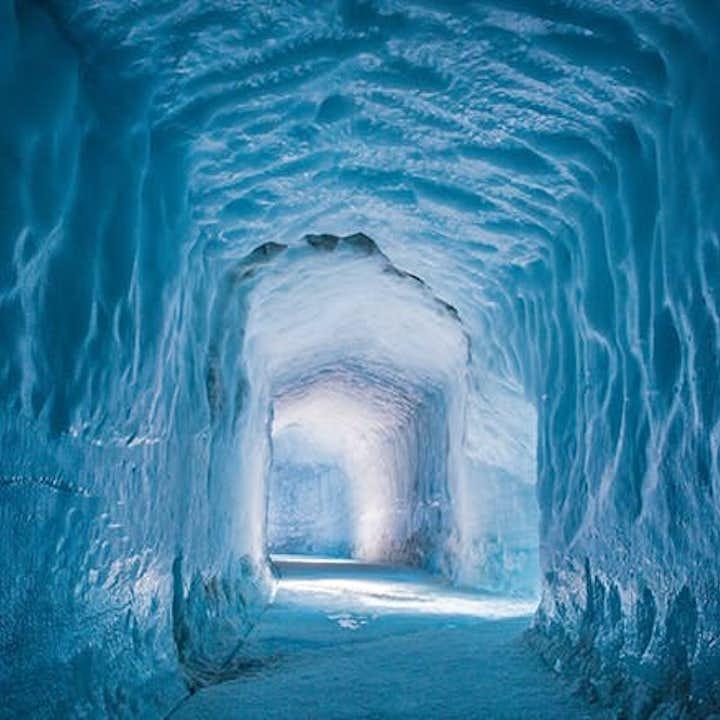 旅行团优惠套票 黄金圈一日游+冰川隧道一日游+火山内部遨游一日游
