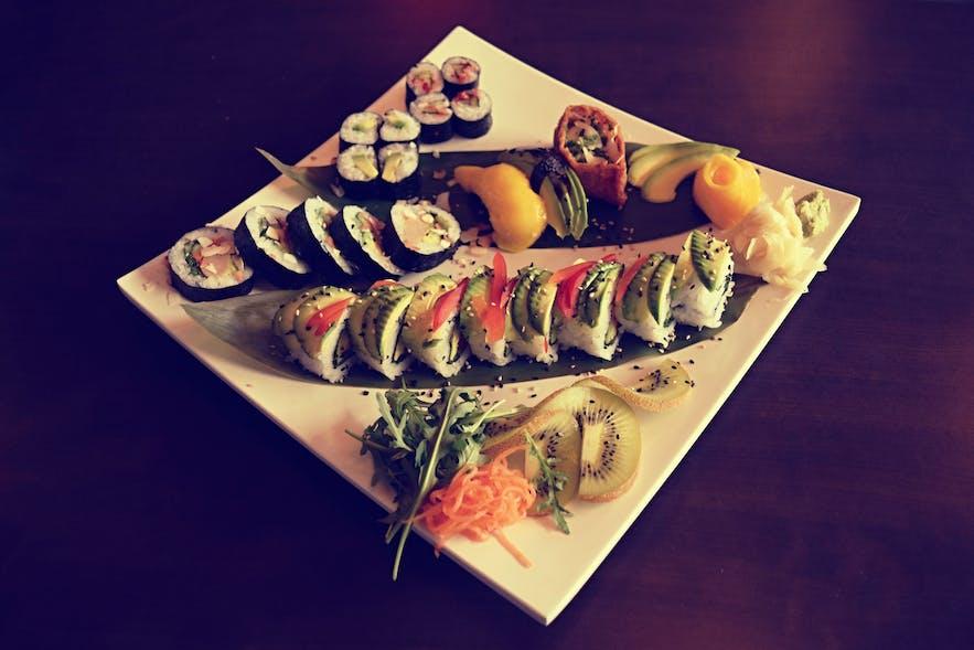 Vegan sushi at Sushibarinn