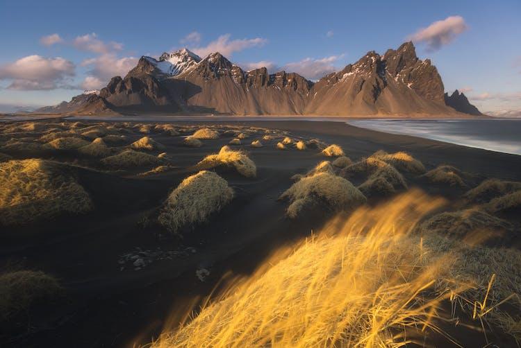 Spędź swój urlop na Islandii w najlepszy sposób, korzystając z wycieczki objazdowej.
