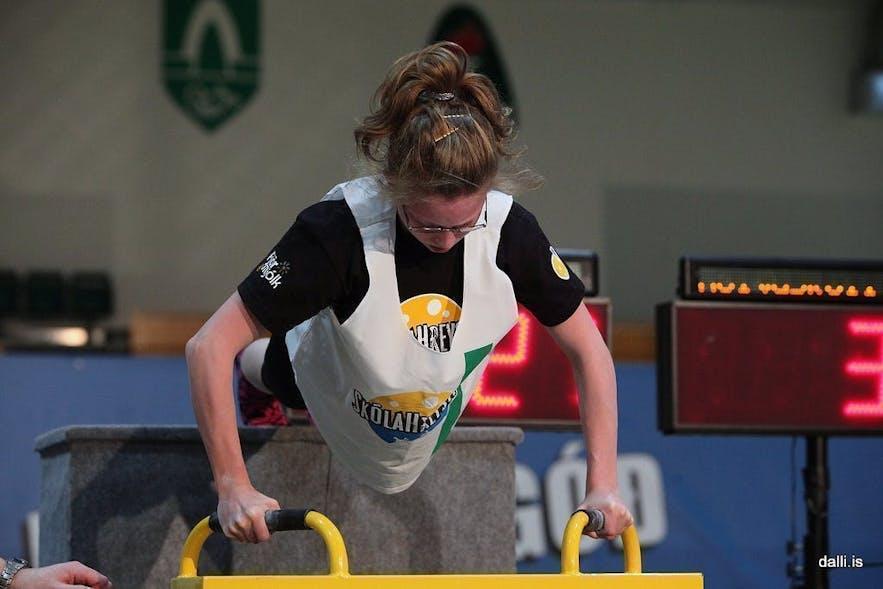 Competing in first round of Skólahreysti - Decline Push Ups