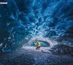 Des guides experts des glaciers vous escorteront à travers les grottes de glace de Vatnajökull pour assurer votre confort, votre sécurité et votre plaisir.