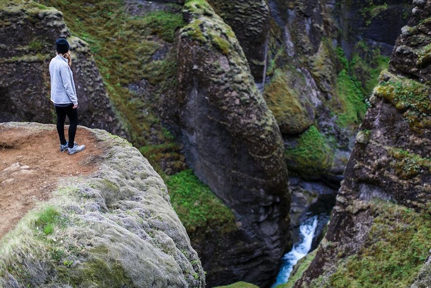 Hiking at Fjadrárgljúfur canyon