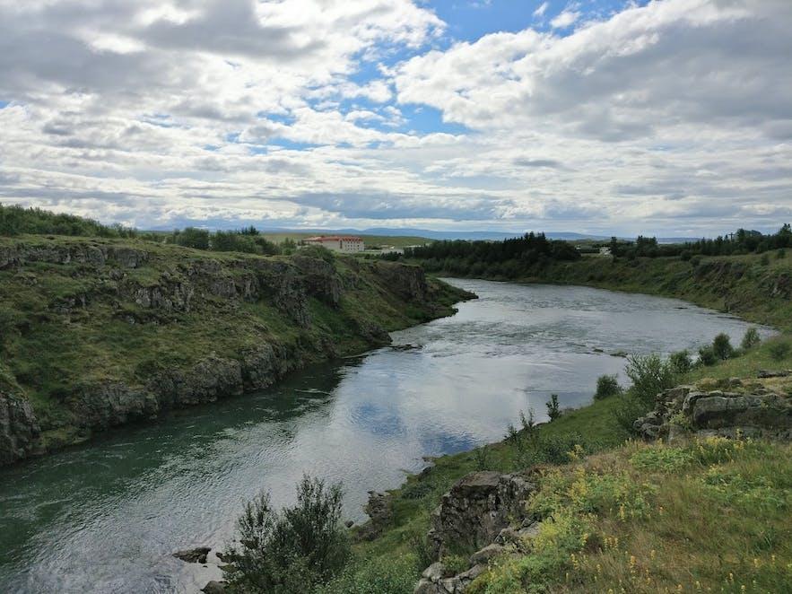 ブロンドゥオゥスのブランダ川