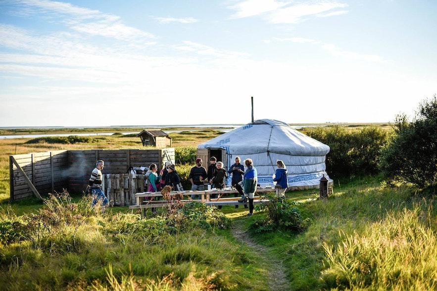 人と人の絆を大切にするコミュニティ感が体感できるアイスランドのサガ・フェスティバル