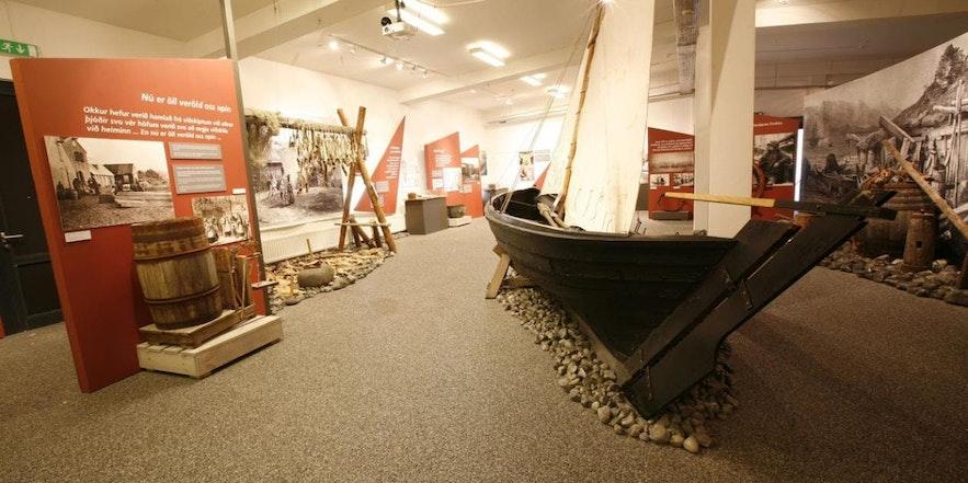 Die Ausstellung des Víkin Maritime Museum