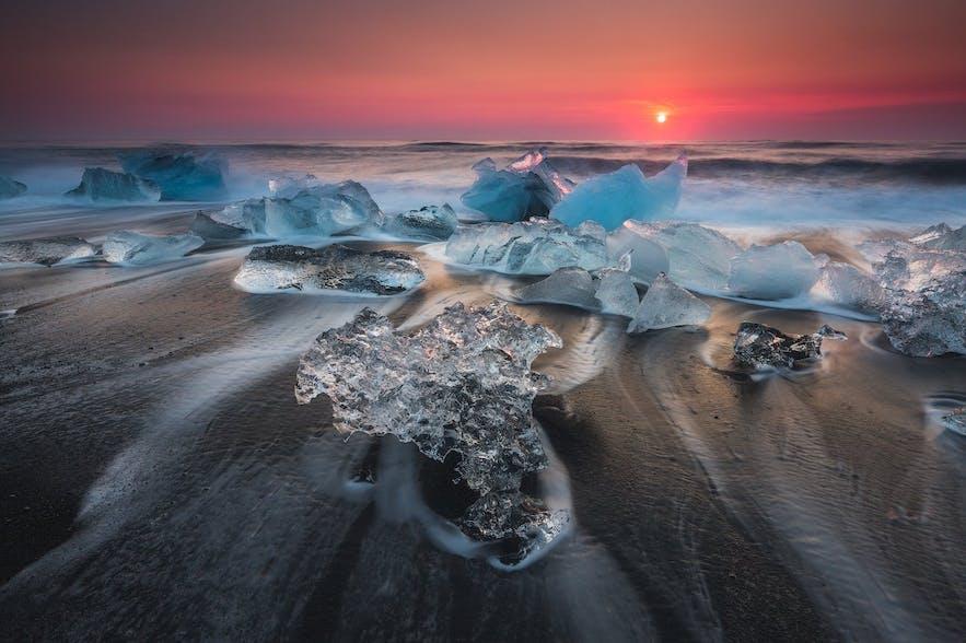 冰岛钻石冰沙滩