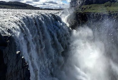 Waterfalls of Gods and Power   Dettifoss, Godafoss & Lake Myvatn