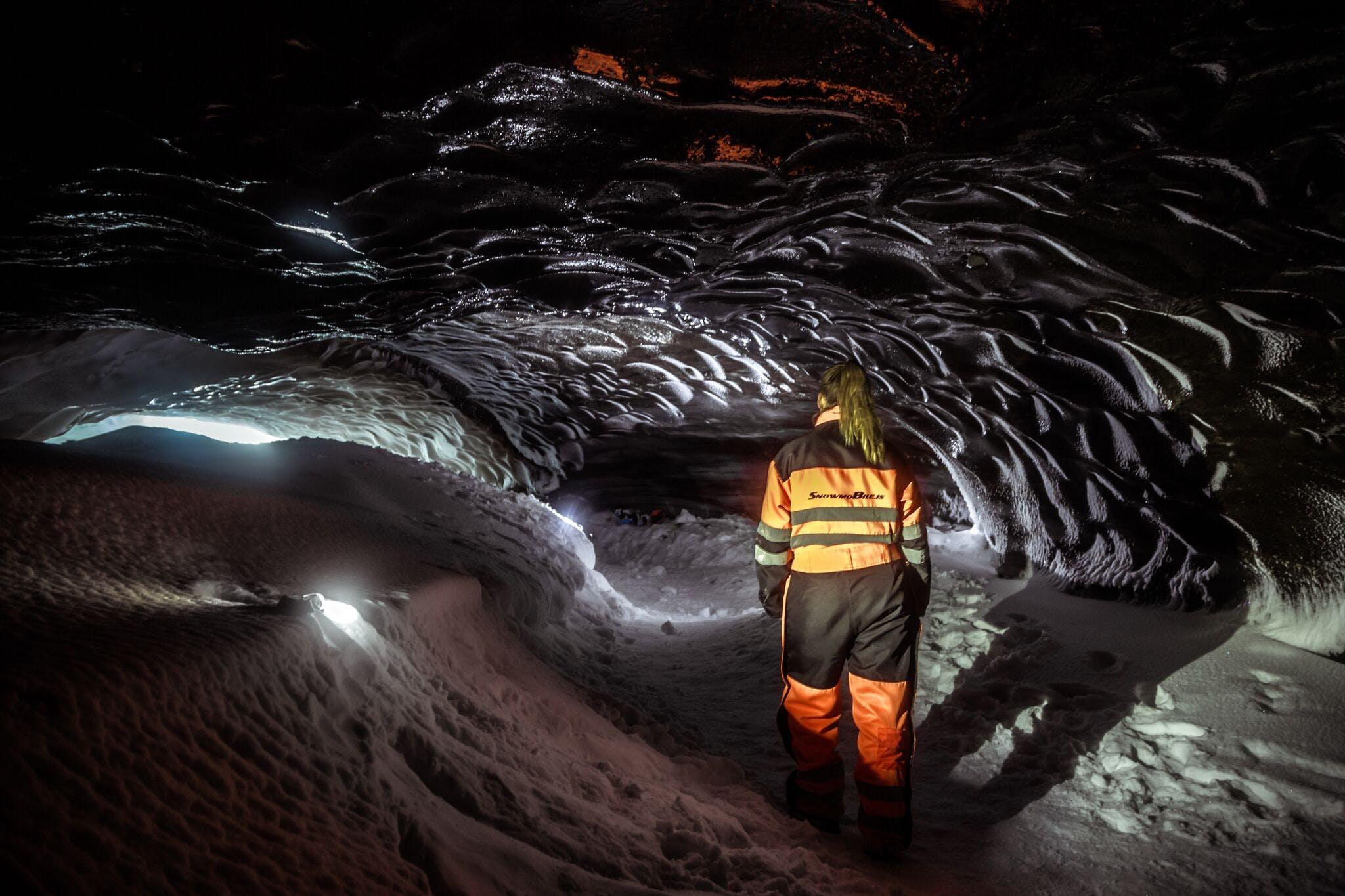 Schneemobil-Tour zu einer Eishöhle | ab Gullfoss