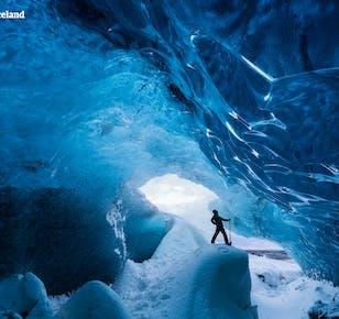 แพ็คเกจ 6 วัน ฤดูหนาวพร้อมไกด์พาเที่ยว  รอบไอซ์แลนด์กับทัวร์กลุ่มเล็ก